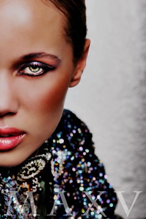 Female model photo shoot of Divine Katoure by Max V in Las Vegas
