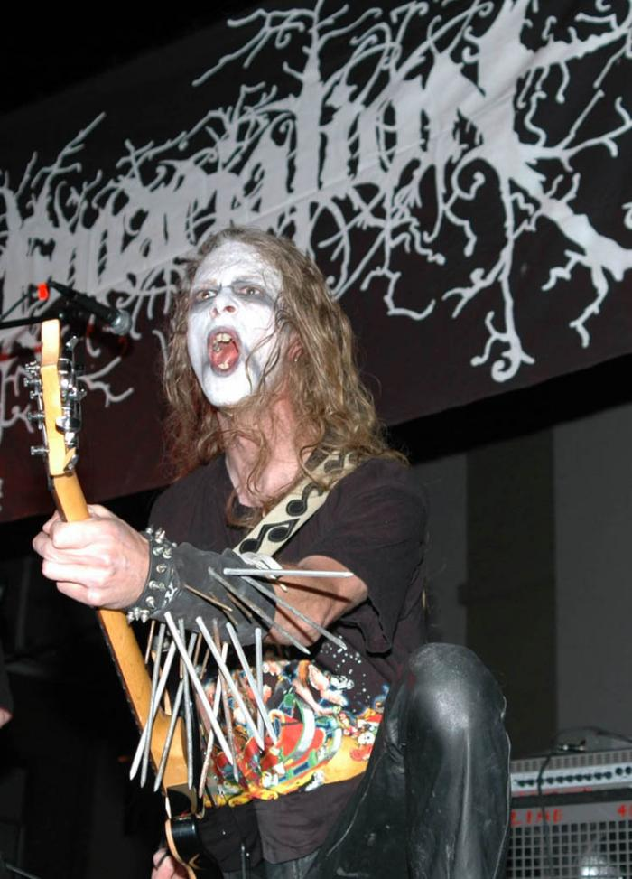 Cape Girardeau, Missouri, City of Roses Fest Oct 13, 2006 Caution Foto Lord Kirby Ray Emaciation