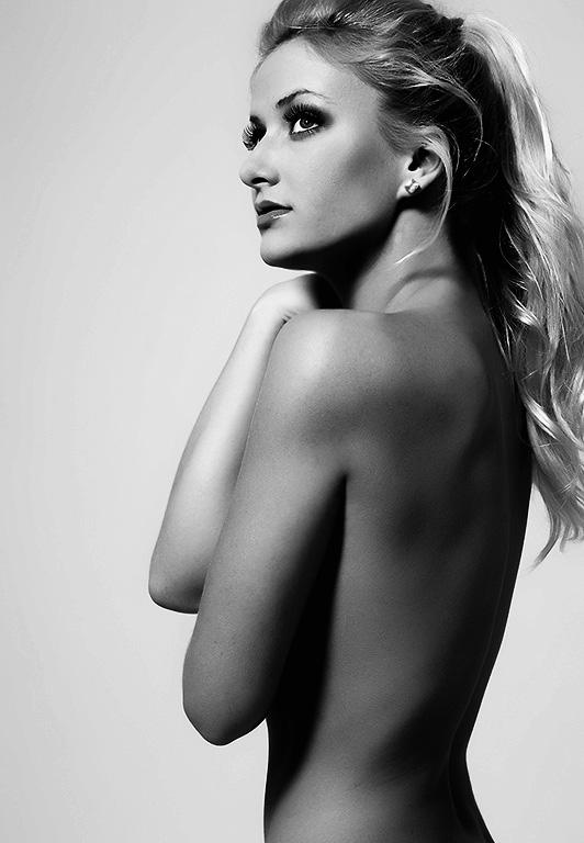 Female model photo shoot of Jen Amber by vandar photography in Cali, makeup by Jen Amber MUA