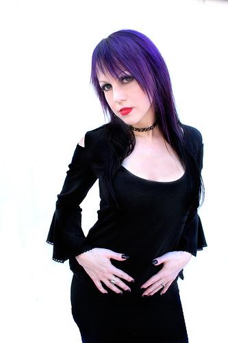 Los Angeles Oct 23, 2006 Saryn Angel Photography 2006/Wicked Mina Crimson Empress shoot by Saryn Angel Photography