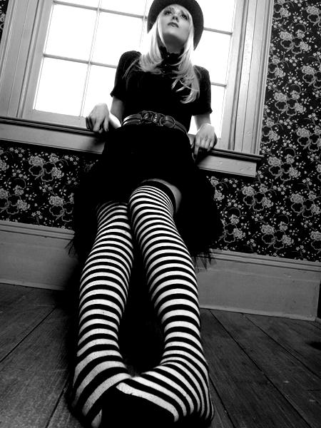Nov 09, 2006 Stephen Nicholls. Doll-Esque