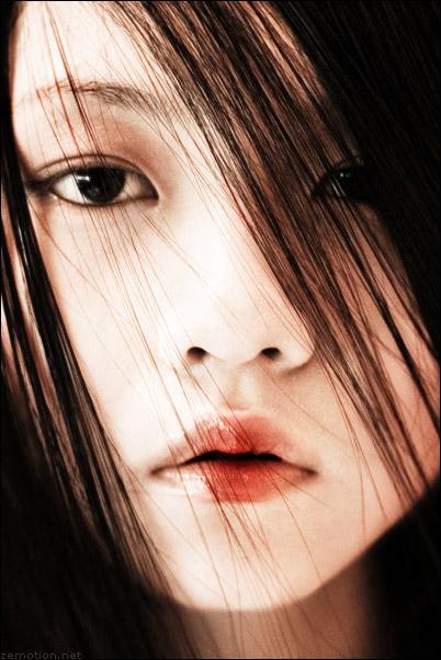 Nov 21, 2006 Zhang Jingna, www.zemotion.net Self portrait