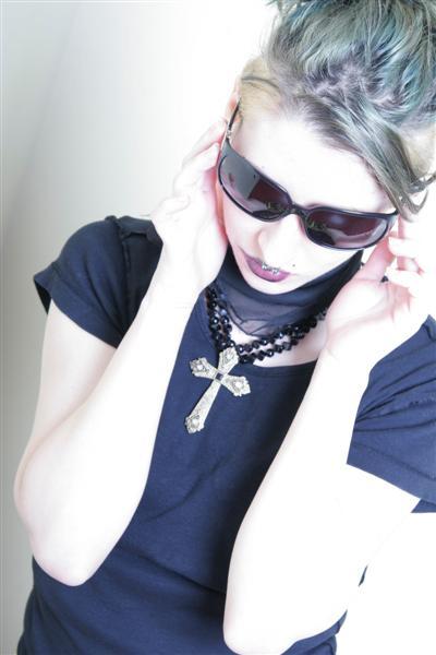 Female model photo shoot of Rozzalyn by Nicidemus in Toronto