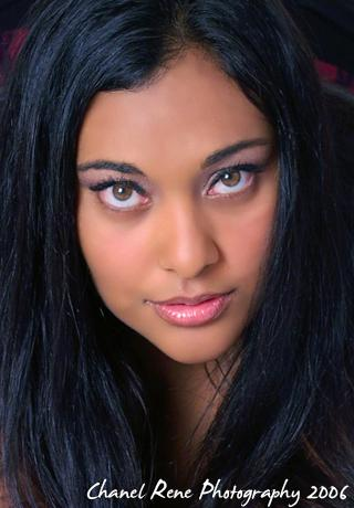 Female model photo shoot of Jaszmine J