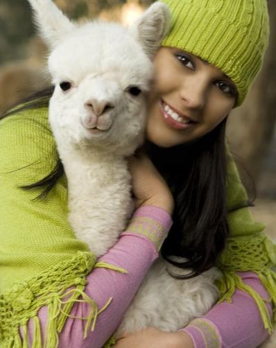 Female model photo shoot of Rayna
