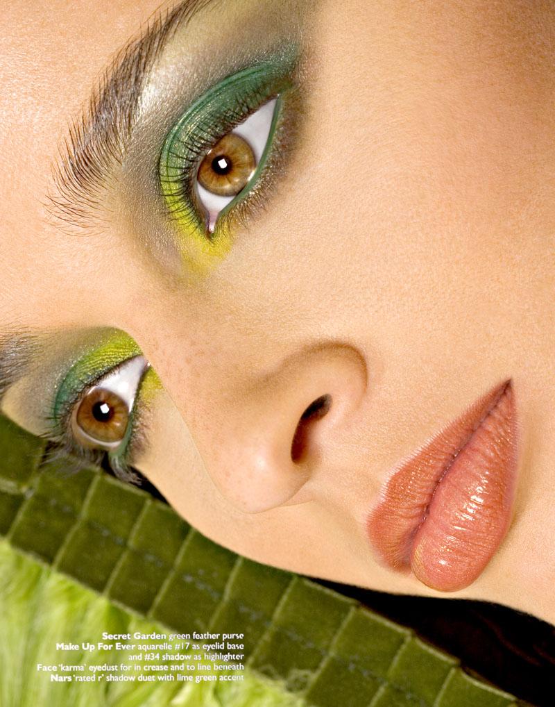 Tribeca Studio Dec 16, 2006 ©HeleneDeLillo.com Holiday Makeup Editorial NY Moves