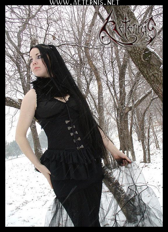 Female model photo shoot of Gwaenardel in Montreal