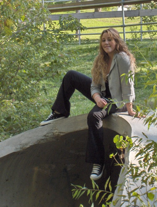 Female model photo shoot of Mikayla Tubbs in oakhills park