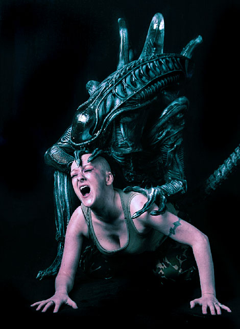 uk Jan 11, 2007 Bluebanjo 2006 Alien..run..flee..