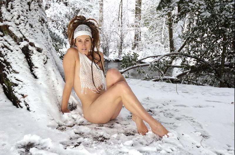 Jan 13, 2007 Lounging Goddess