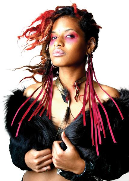Jan 14, 2007 Venus in Furs. Model, clothing, jewelry: Nyx