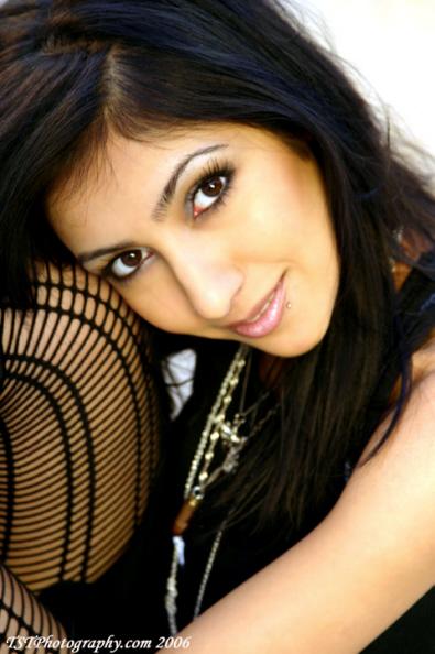 Female model photo shoot of Tara Farah