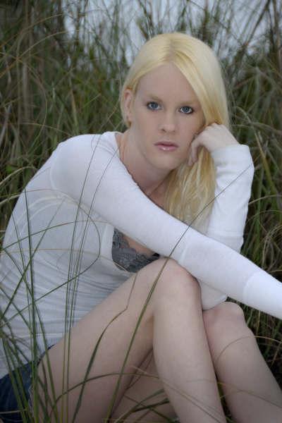 Female model photo shoot of Ember Skye  by Great Shots Photography in Treasure Island, Florida 1/27/07