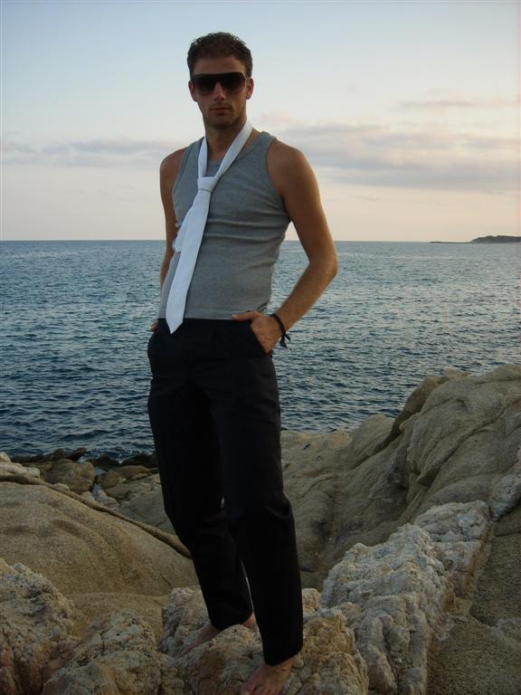 Male model photo shoot of brianDG in spain