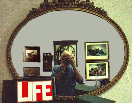 northwest pennsylvania Feb 10, 2007 2007 pw/gii photographics self-portrait in the flea-market
