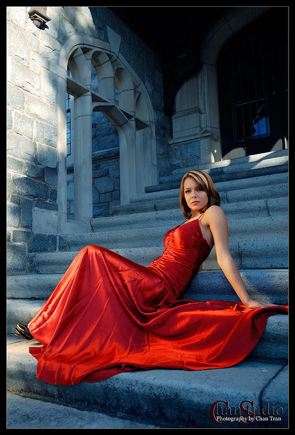Atlanta Feb 13, 2007 ChanStudio Beauty in red (Model - Megan P.)
