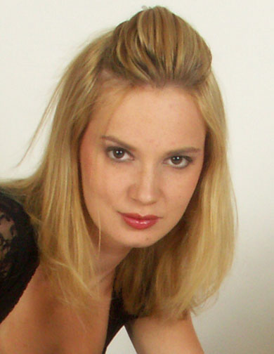 Female model photo shoot of kinia z