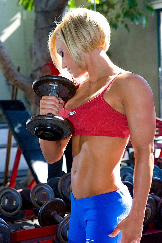Golds Gym, Pasadena CA Mar 15, 2007 SecondFocus 2007 Jamie Eason for BodyBuilding.com