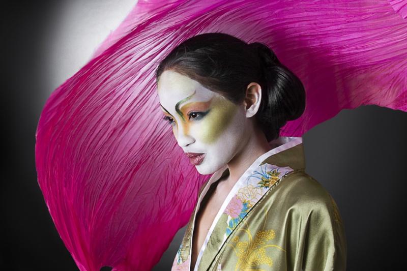 Mar 17, 2007 A modern approach to the geisha