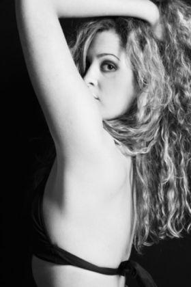 Female model photo shoot of Dani Leah