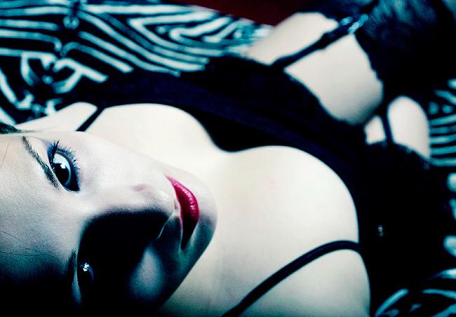 Female model photo shoot of khiria