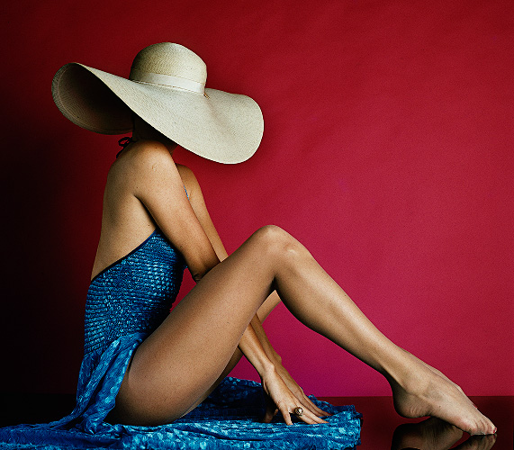 Los Angeles Apr 04, 2007 ©C H Behrman Photography, All Rights Reserved Floppy Hat Blue