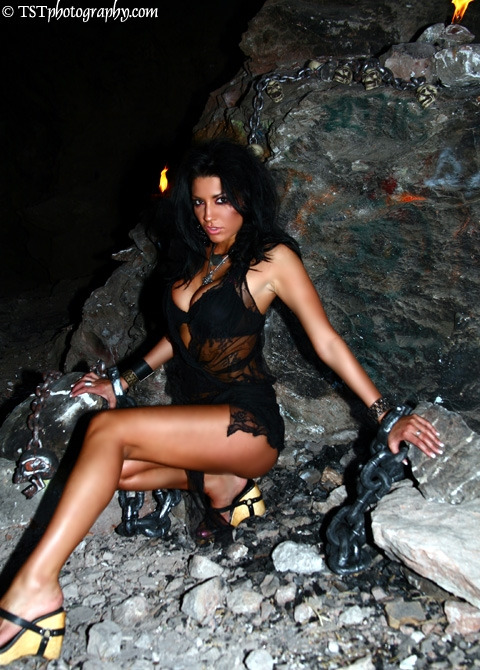 The Cave, Las Vegas, NV Apr 16, 2007 TSTPhotography.com Cave Shoot