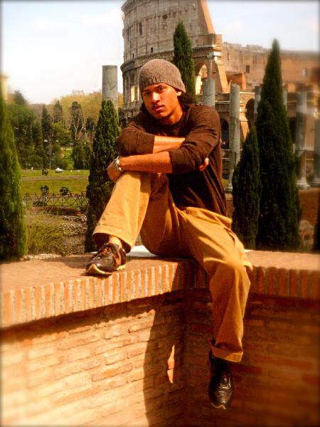 Male model photo shoot of Rogelio S Garcia II in Roma, IT