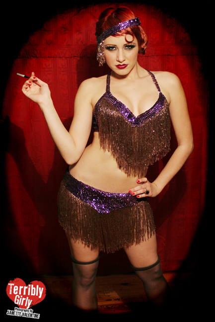 Apr 24, 2007 Janette Valentine at www.terriblygirly.com Showstopper! / Model - Miss Eva Kosmos / MakeUp & Hair - Jenn DiTerlizzi