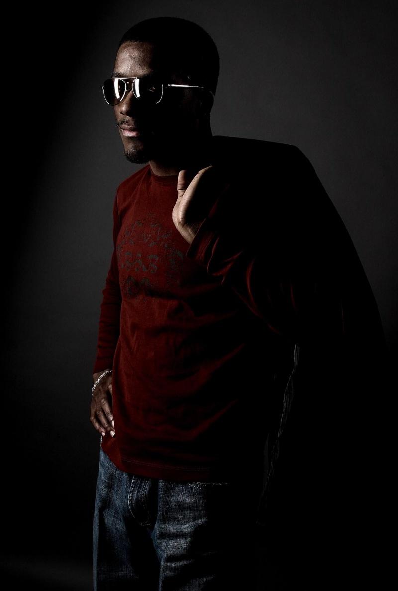 Male model photo shoot of Photo Aficionado