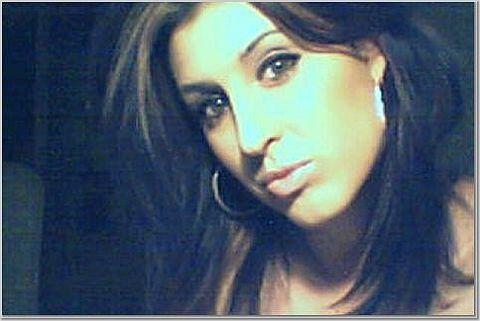 May 08, 2007 web cam- serious face :)