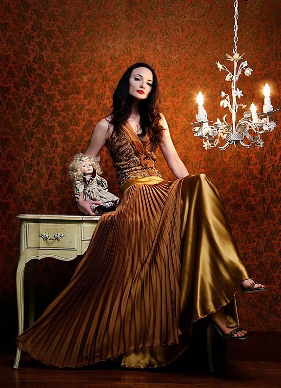 May 17, 2007 Model: LauraH, M/H: Melissa Rachelle, Styling: Eduardo de las Casas