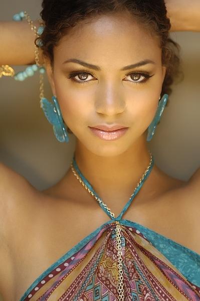 Female model photo shoot of Luckyfox in Hollywood