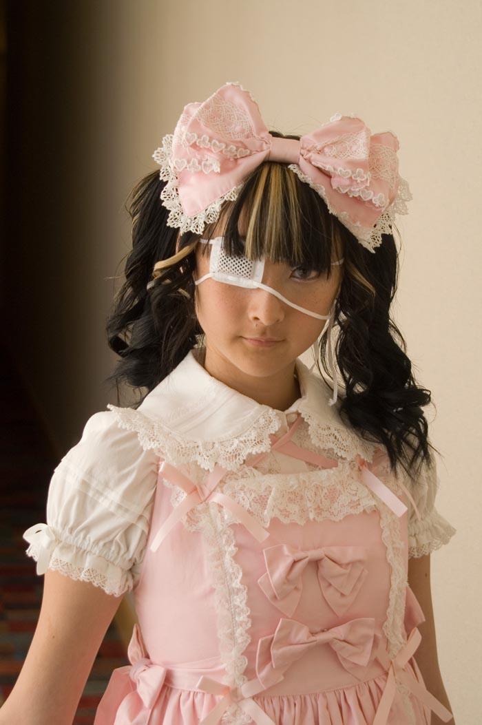 Fanime 2007 May 31, 2007 J Schumacher/ Lailah Dangerous in Pink