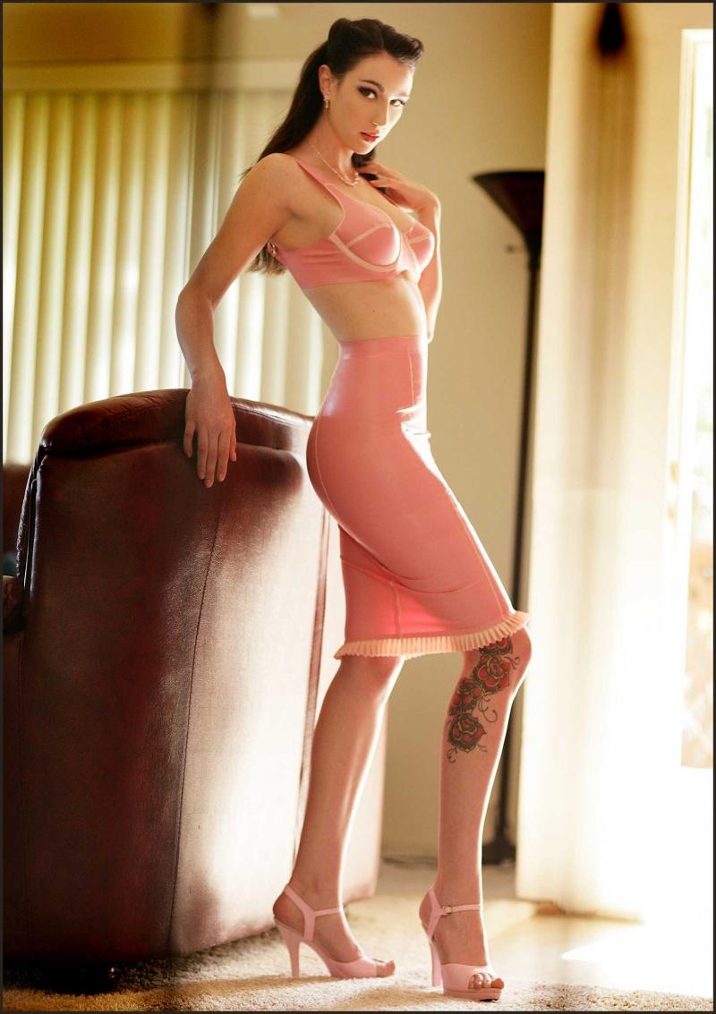 Female model photo shoot of Natalie Minx in Shadow Hills, CA