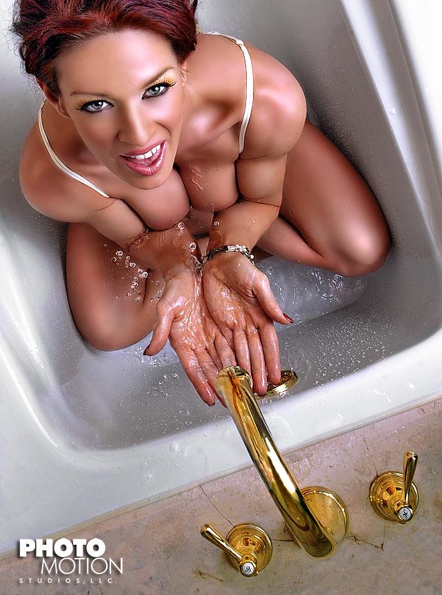 Las Vegas Baby! Jun 12, 2007 Tyler Stevens/Brian Bartlett - PhotomotionStudios Splish Splash...