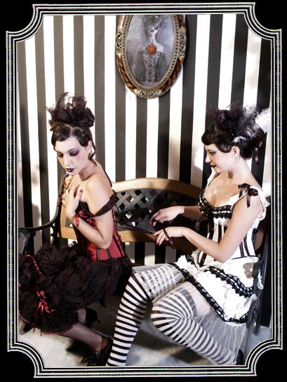 Barcelona 2006 Jun 13, 2007 Models: Vanessa & Lilith Austerlitz