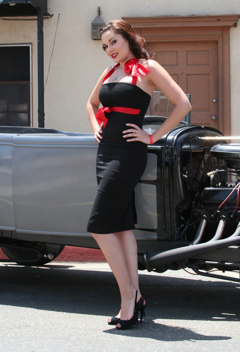 Jun 19, 2007 Photo: Chris Gomez, Hair & MUA: Red