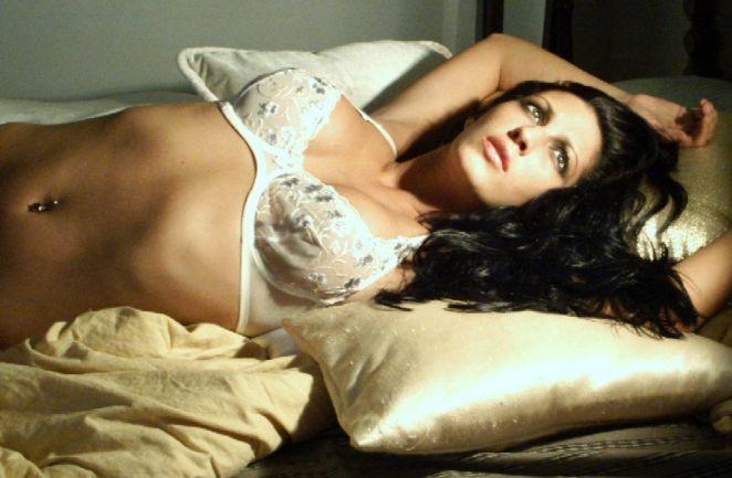 Female model photo shoot of Poca