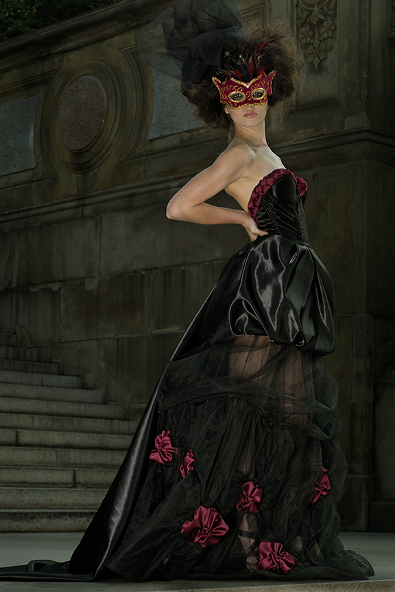 Central Park NYC Jun 21, 2007 alex borghi2007 Dress by Fashion Designer Elena Shimada