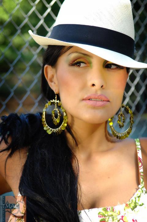 Female model photo shoot of - Paulina -