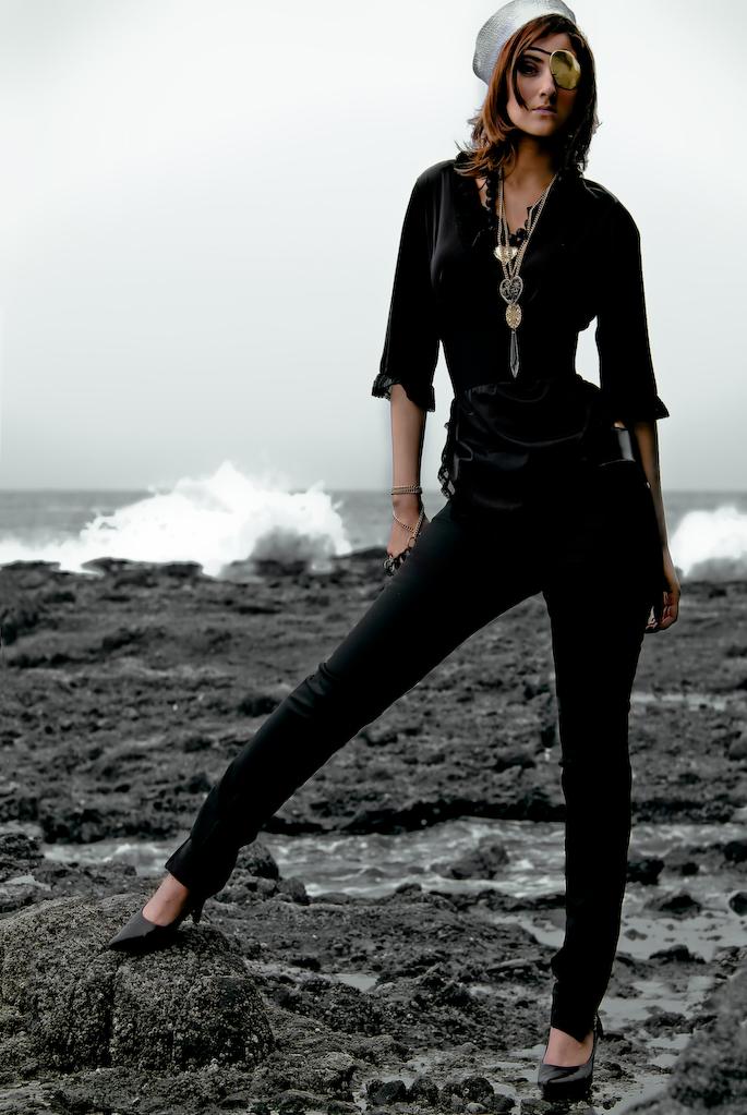 Female model photo shoot of Keira Dazi by Carlos Nunez Photograph in Laguna Beach