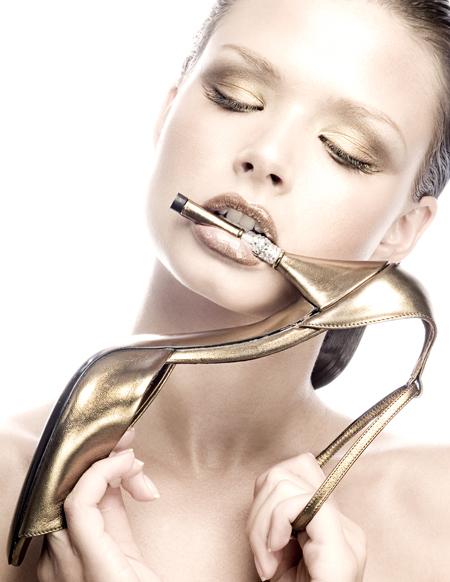 Jul 02, 2007 Laura Tillinghast City Smart Magazine/Brigitta for Front/Make-Up by Yesenia Vargas/Styling by Lisa Cera