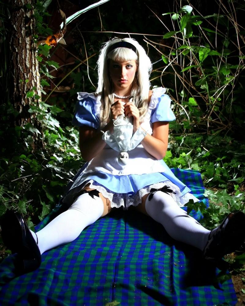 My Patio - yeah i probably should prune a few things :-) Jul 05, 2007 Shin Kicker Studios Alice in...?