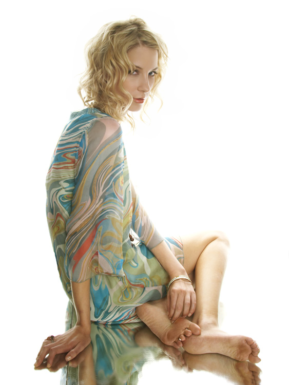 velasco Jul 08, 2007 chris ossenfort mary irwin: make-up/hair/wardrobe