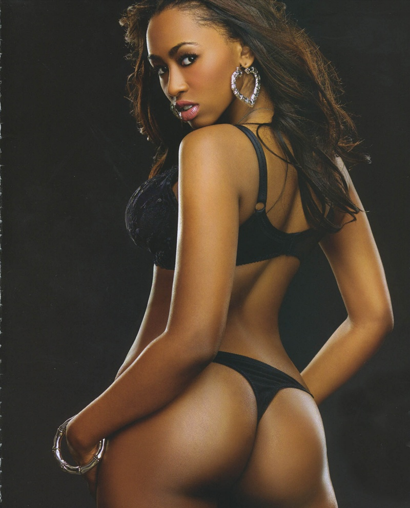 Jul 11, 2007 SHOW MAGAZINE one of the pics from my SHOW spread on stands now