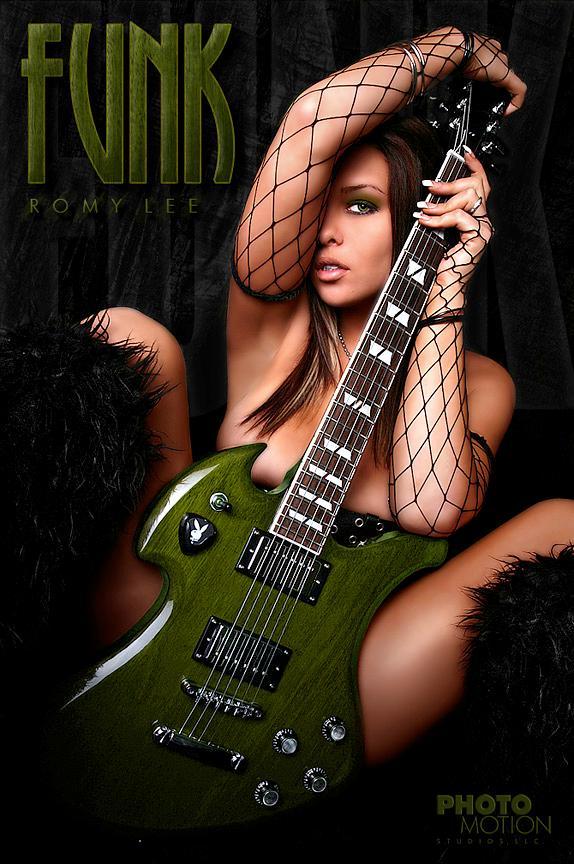 Jul 17, 2007 Photo Motion Studios- Brian Lets Get Funky!