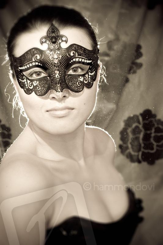 London Jul 17, 2007 Geoffrey Hammond Khanh - Mask