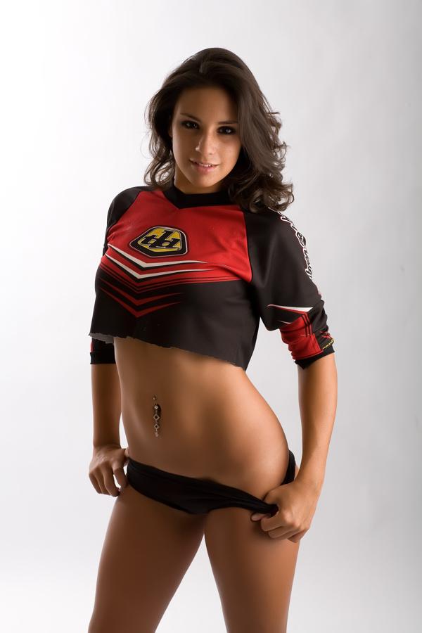 Jul 17, 2007 Motocross Babe