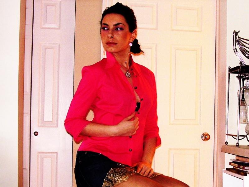 Female model photo shoot of Alisochka in my house